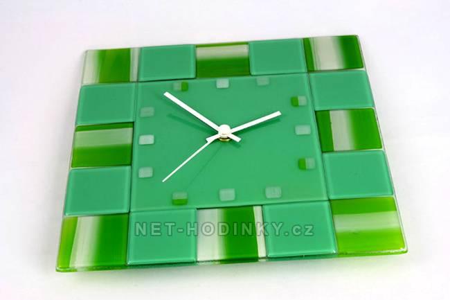 autorské hodiny Fusingové skleněné nástěnné hodiny zelené