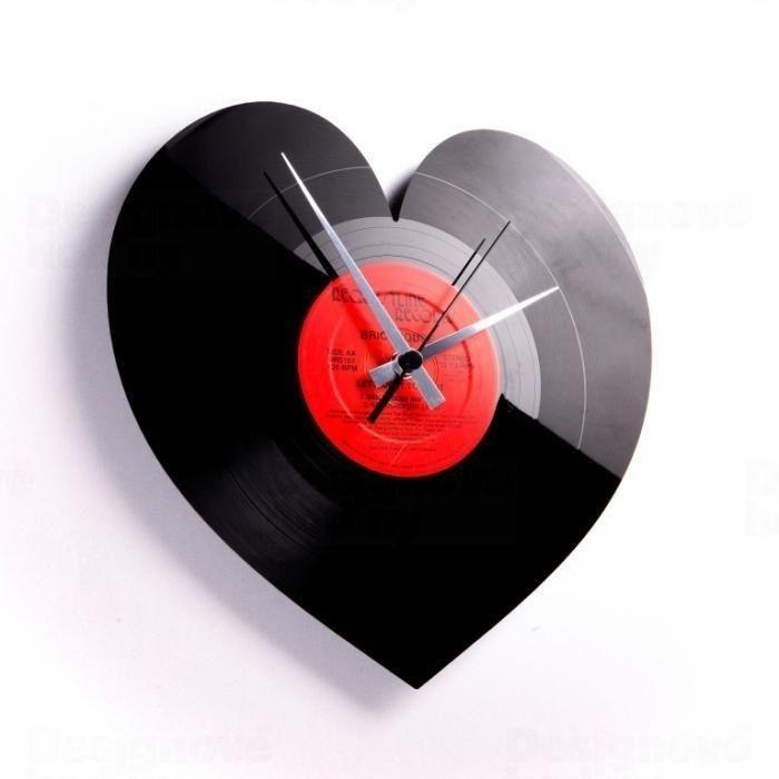 Moderní designové hodiny z gramofonové desky Discoclock 044 motiv Heart