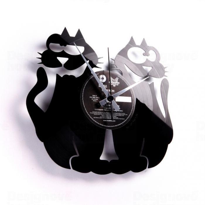 Moderní designové hodiny z gramofonové desky Discoclock 047 s motivem koček