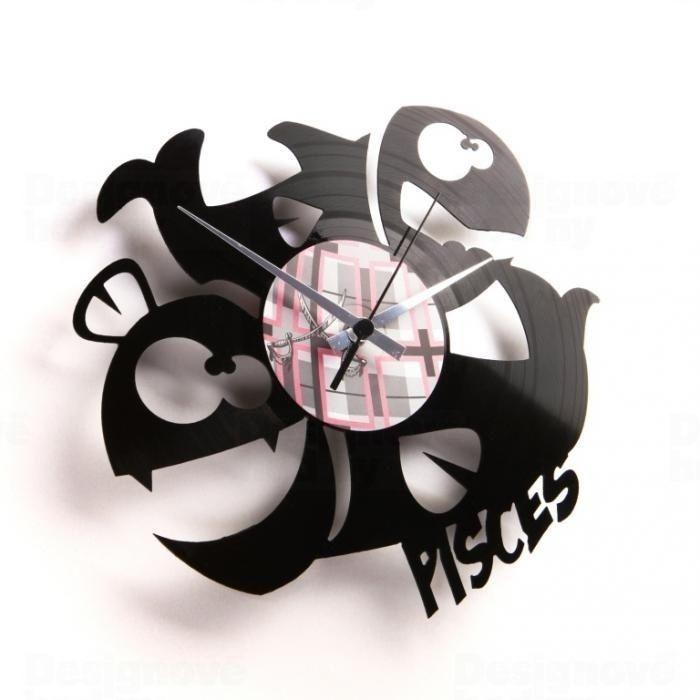 Discoclock Moderní designové hodiny z gramofonové desky s motivem zvěrokruhu - znamení Ryby