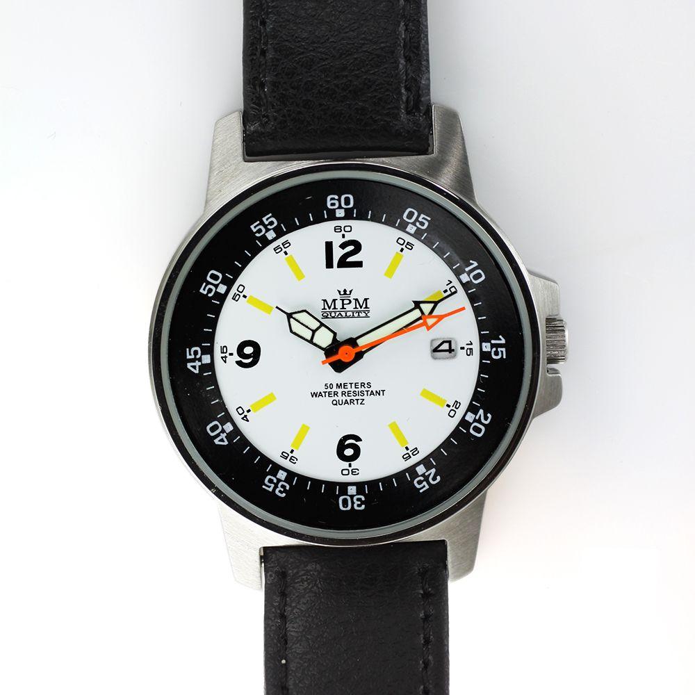 Moderní pánské hodinky s datumem.0412 A.Q01I009012B90 49141ef59d