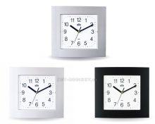 Nástěnné hodiny hranaté s tichým chodem čtverec stříbrná (998-S) skladem