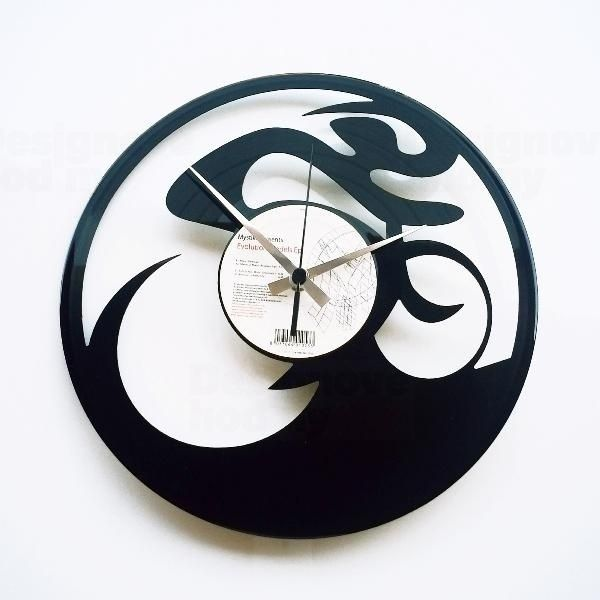 Moderní designové hodiny z gramofonové desky Discoclock 062 Cyklista
