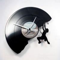 Designové nástěnné hodiny Discoclock 071 Horolezec 30cm