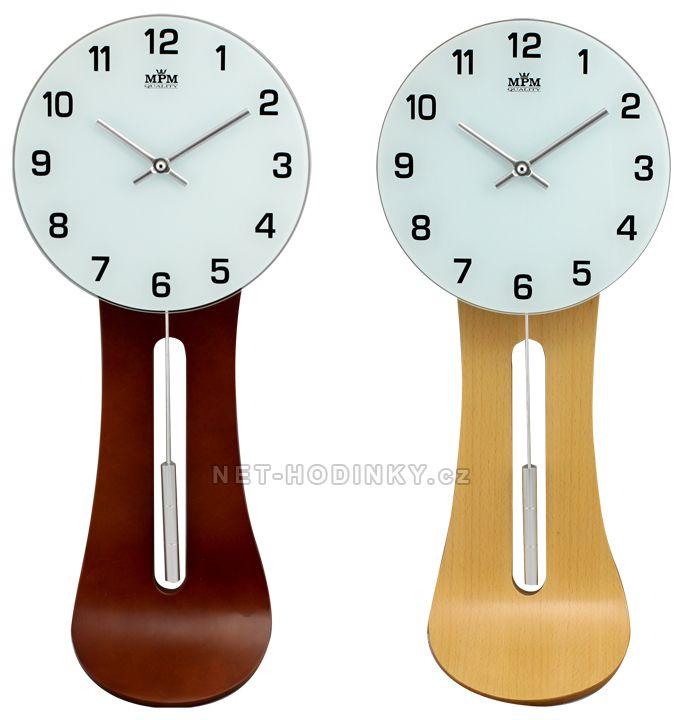 Dřevěné nástěnné hodiny s kyvadlem v netradičním tvaru E05.2711