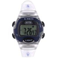 Digitální hodinky s ukazatelem data, alarmem, stopkami a podsvíceným displayem 58-D61327LTT102001+plyš