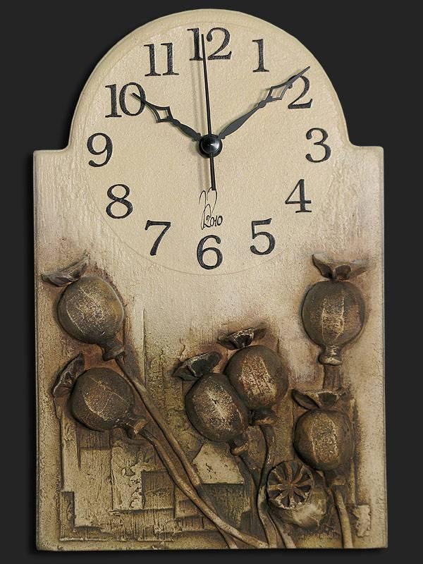 nástěnné hodiny makovice
